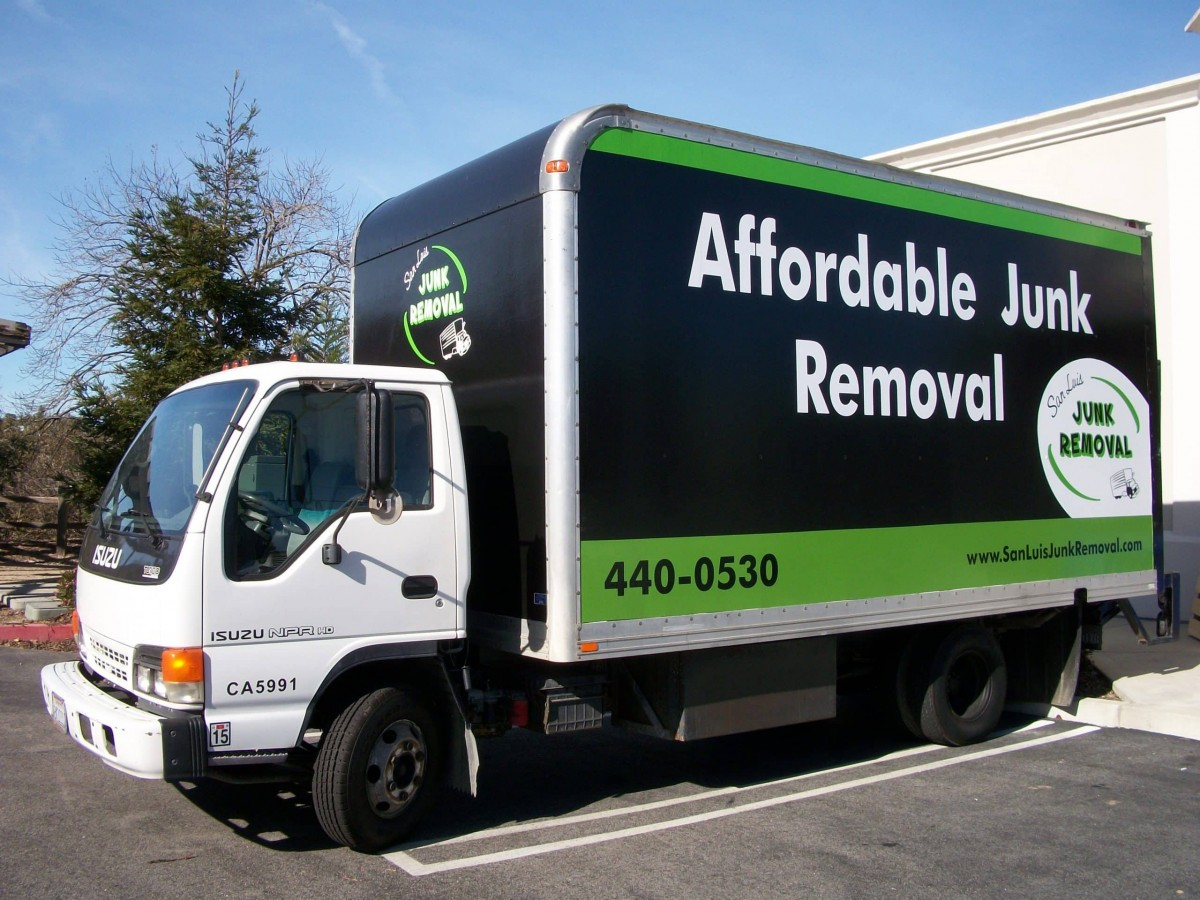 San Luis Movers & Junk Removal Launches New Website